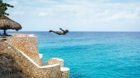 Cliff jumping at the Caves Hotel