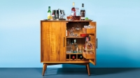 Cocktail bar cabinet