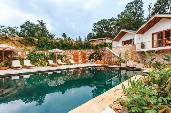 The tranquil pool and gardens at The Retreat hotel