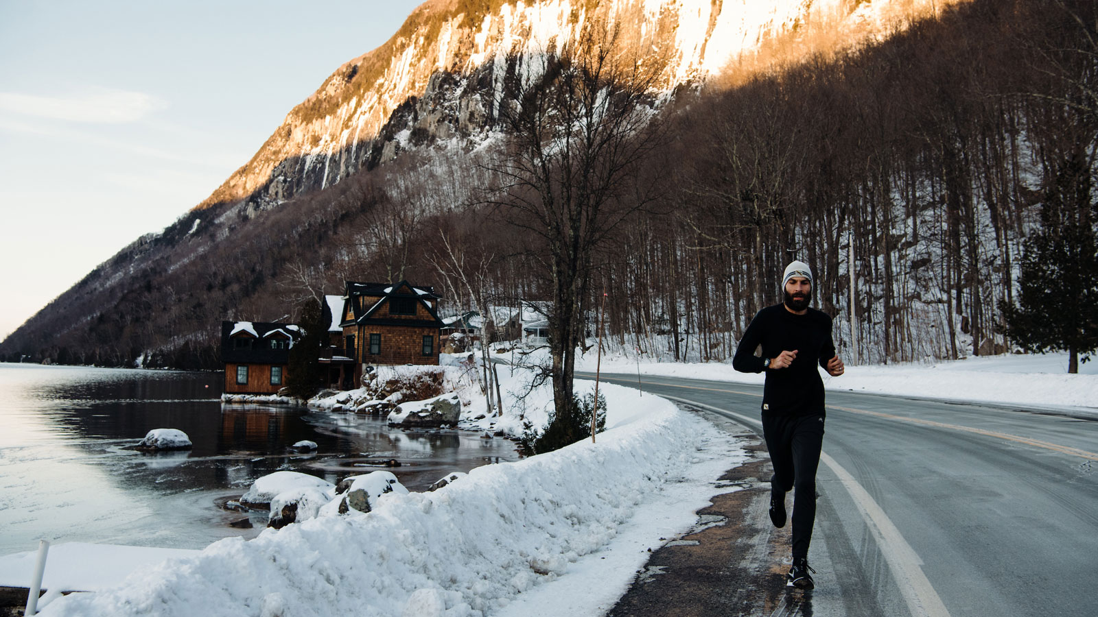 07eba7b33 The Best Running Gear to Transition From Winter to Spring 2019