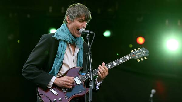 BOSTON, MA - SEPTEMBER 26: Stephen Malkmus & the Jicks perform onstage during day two of the Boston Calling Music Festival at Boston City Hall Plaza on September 26, 2015 in Boston, Massachusetts. (Photo by Mike Lawrie/Getty Images)