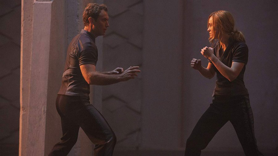 Brie Larson and Jude Law in Captain Marvel / Marvel Studios / Disney