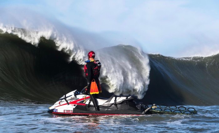 Drake Stanley Talks About Evacuating Mavericks Lineup as Massive Great White Approached Surfers