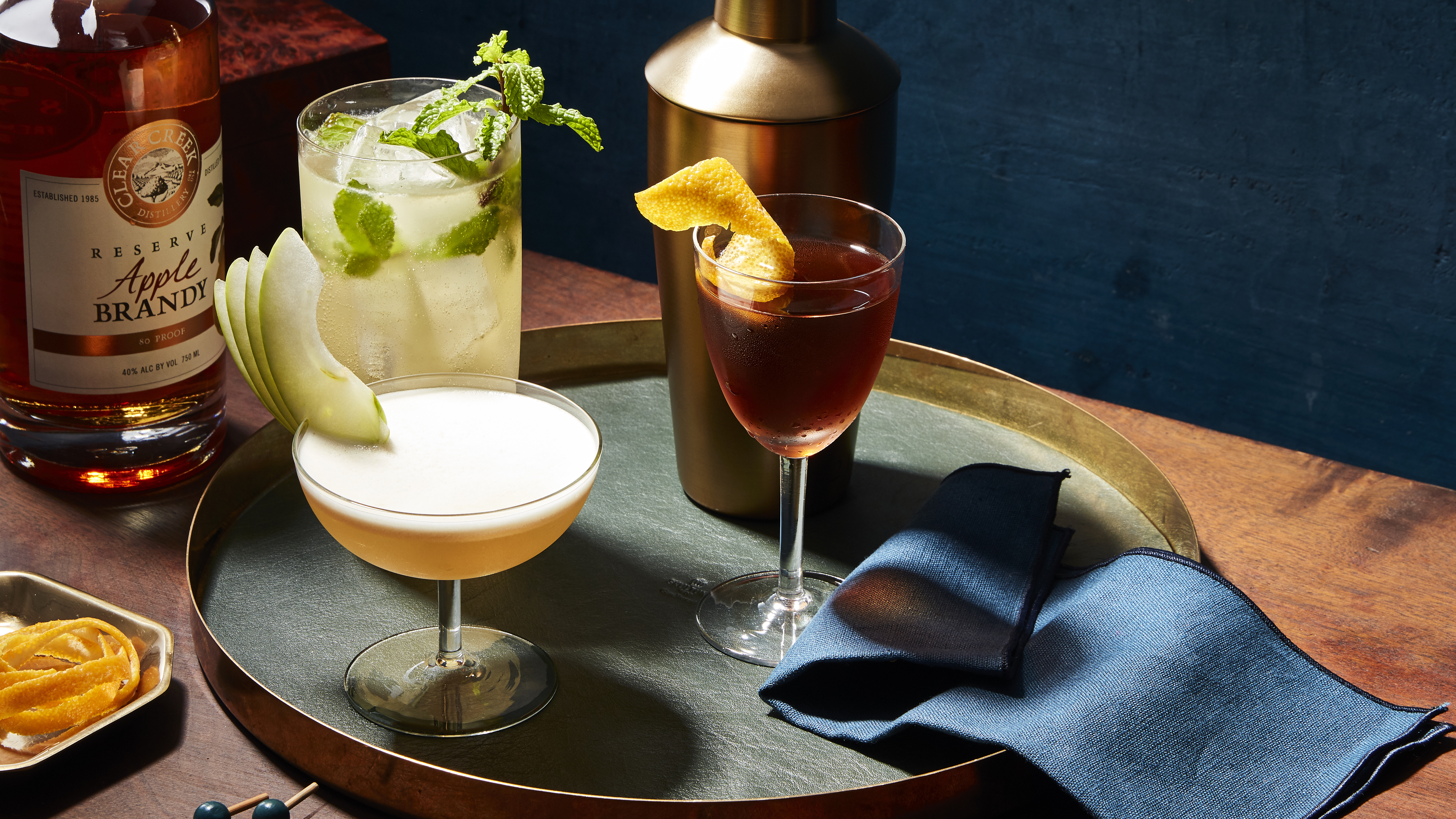 Good Apples The Best Apple Brandy Cocktail Recipes To Try Tonight
