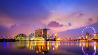 Bright Lights, Michelin-Star Hawkers, and Urban Greenery: The 4-Day Weekend in Singapore