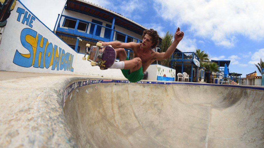 """Jimmy Beebe floating frontside in the deep end of """"The Showbowl"""" at Campo Cuatro Casas Hostel. Photo: Skyler Wilder"""