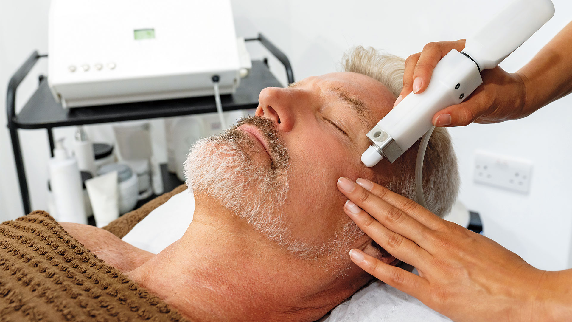 Why You Should Consider a Laser Facial