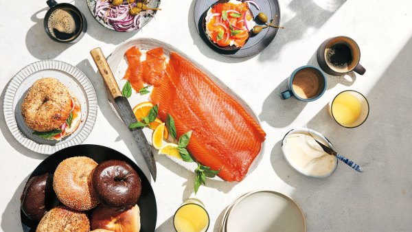 Basil citrus lox. FOOD STYLING BY MICHELLE GATTON FOR HELLO ARTISTS; PROP STYLING BY CARLA GONZALEZ-HART.