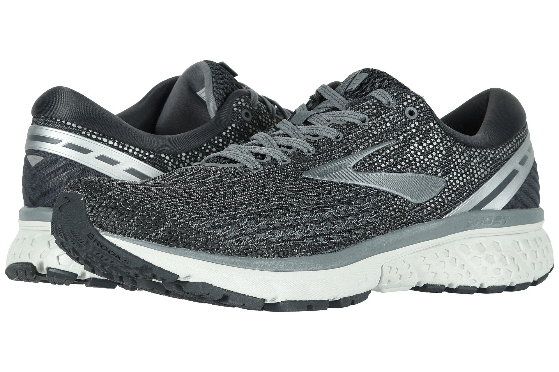 The 9 Best Shoes for Guys With Sweaty Feet