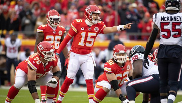 Texans Chiefs Football, Kansas City, USA - 12 Jan 2020 Kansas City Chiefs players, Laurent Duvernay-Tardif (76), Damien Williams (26), and Austin Reiter (62) look on as Chiefs' quarterback Patrick Mahomes (15) gestures during an NFL divisional playoff football game against the Houston Texans in Kansas City, Mo 12 Jan 2020