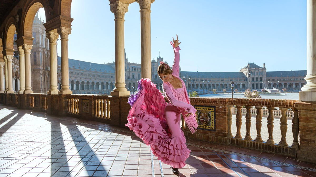 Gothic Cathedrals, Gazpacho, and Pop-up Flamencos: The 4-Day Weekend in Seville
