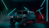 What It's Like to Drive the Reimagined H1 Hummer From Mil-Spec Automotive