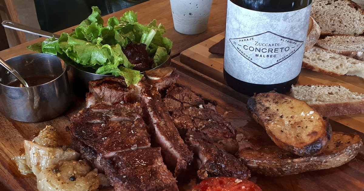 Perfect Pairings: 5 Best Wines to Drink With Steak