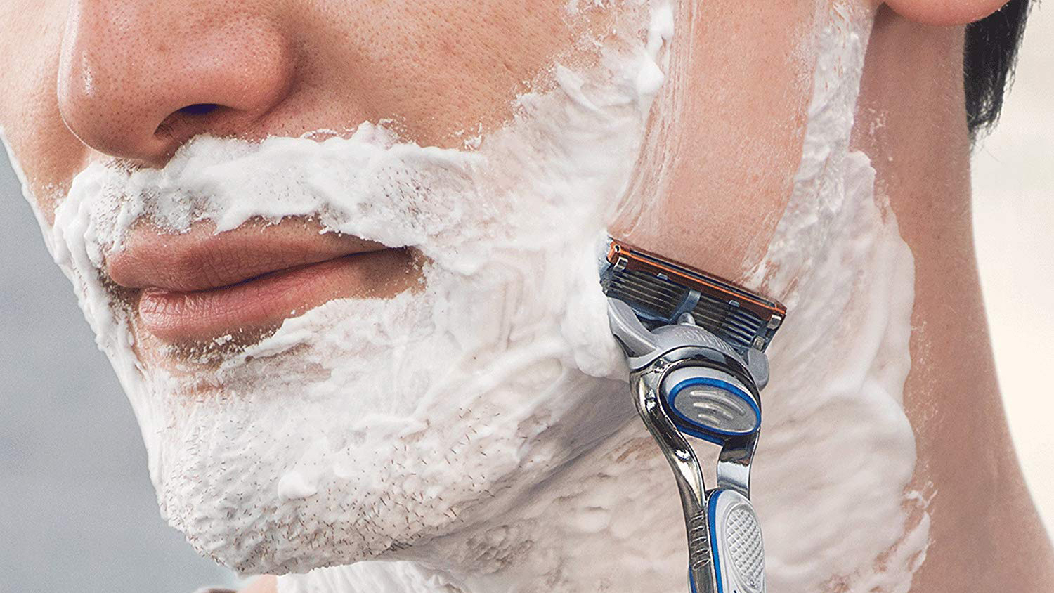The Best Wet Shave Razors for Men with Sensitive Skin