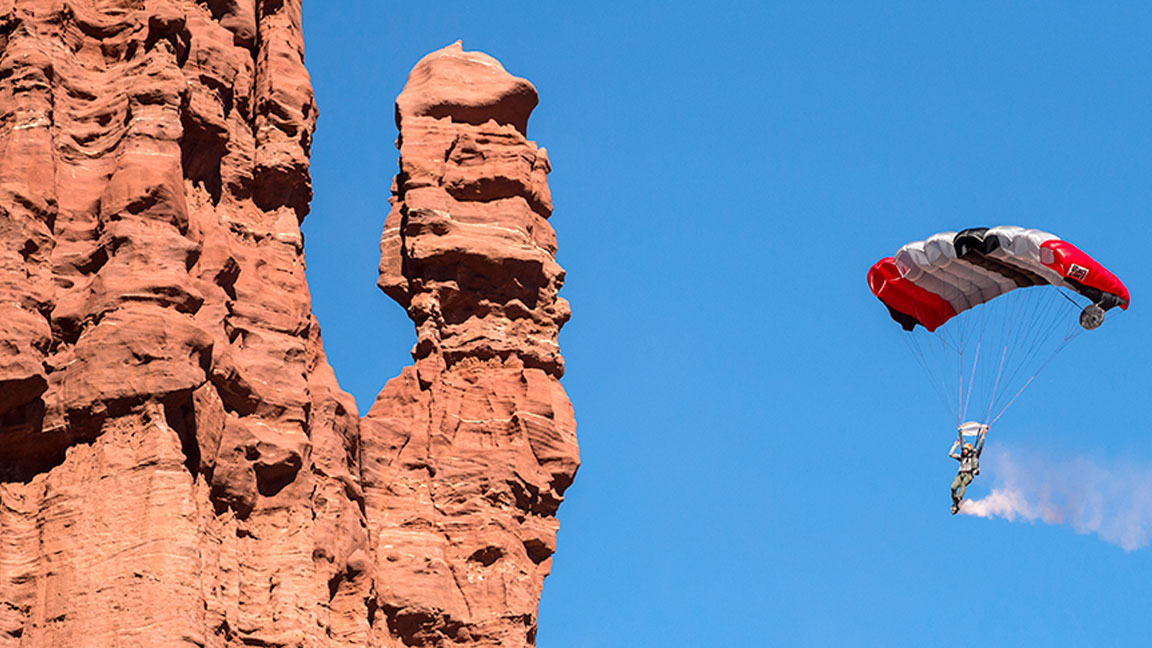 Adventure Video of the Week: Extreme Sports Athlete Andy Lewis Base Jumps in Moab