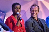 """BEVERLY HILLS, CA - FEBRUARY 22: Actors Lashana Lynch (L) and Jude Law speak onstage during Marvel Studios' """"Captain Marvel"""" Global Junket Press Conference at The Beverly Hilton Hotel on February 22, 2019 in Beverly Hills, California. (Photo by Alberto E. Rodriguez/Getty Images for Disney)"""