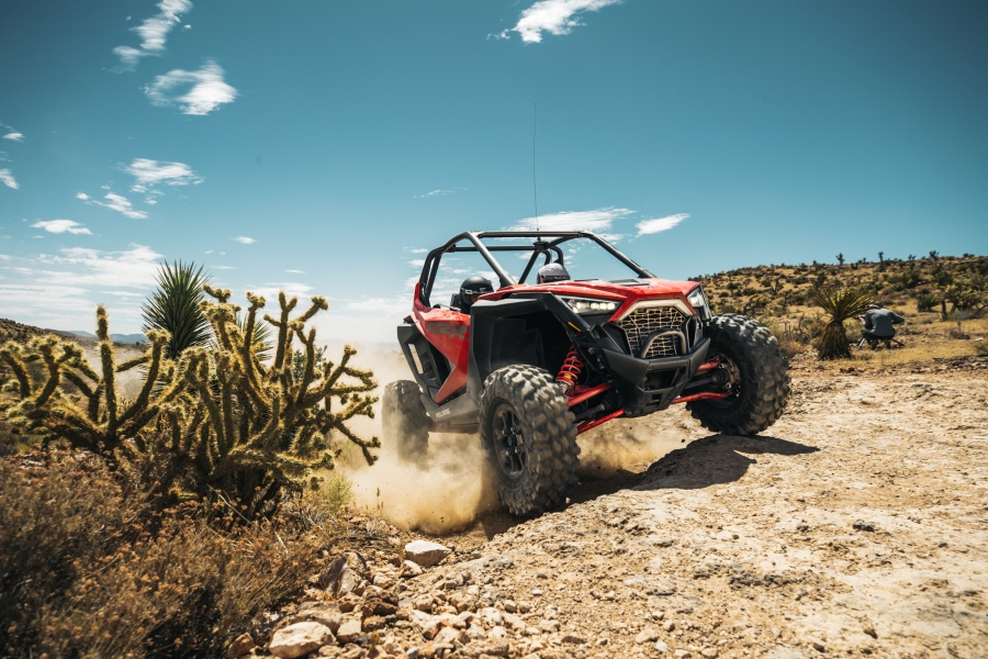 Polaris RZR Pro XP red
