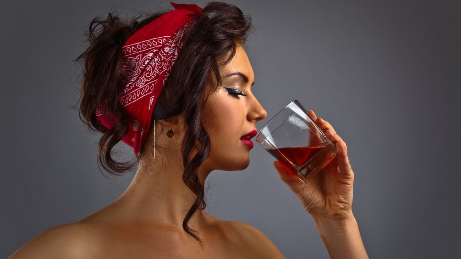 women's whiskey gifts