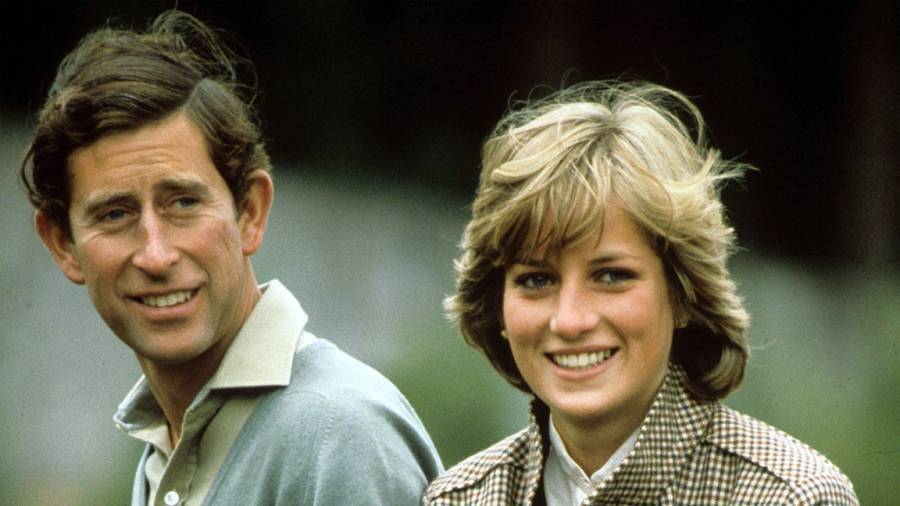British Royals - 1980s Prince Charles and Princess Diana During Their Honeymoon in the Grounds of Balmoral Castle Scotland DIANACHARLES