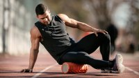 Here's How Long You Need to Foam Roll to Reduce Your Risk of Injuries