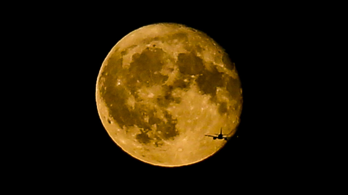 Harvest Moon: Here's How You Can See the Rare Friday the 13th Full Moon