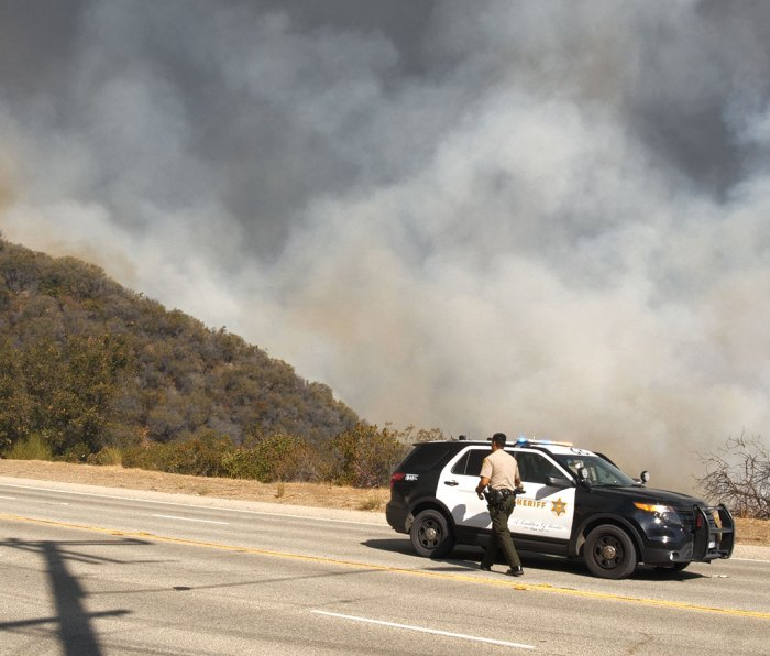 The Sheriff's Department attends to the Woolsey Fire in 2018
