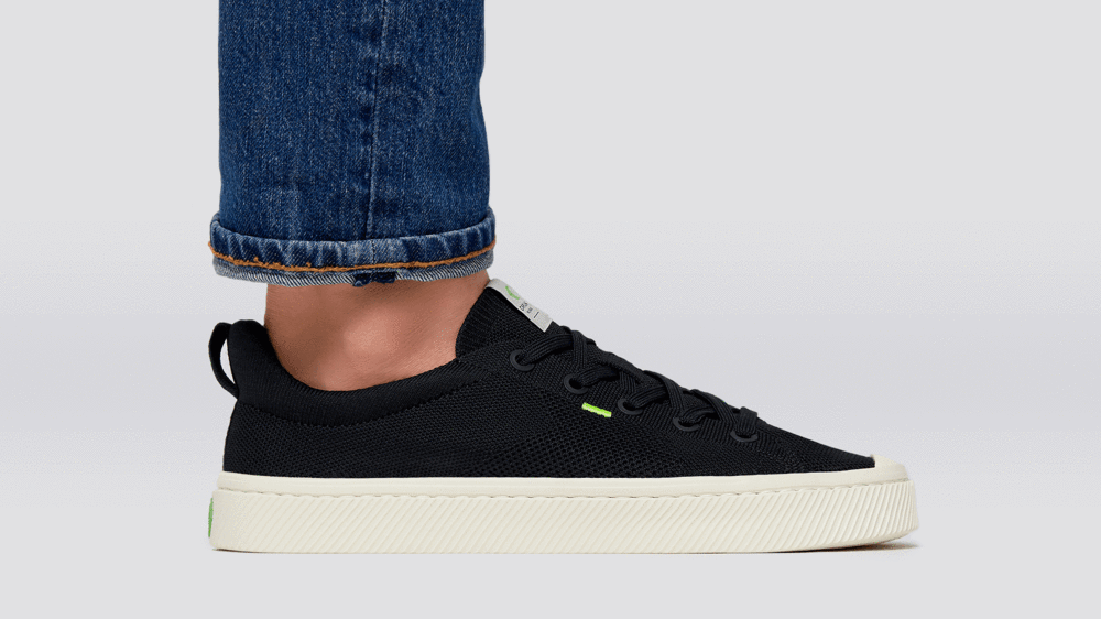 This Cariuma IBI Bamboo Sneaker Might Be Our New Fave Shoe