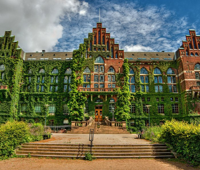 Facade of the university library in Lund (Sweden)
