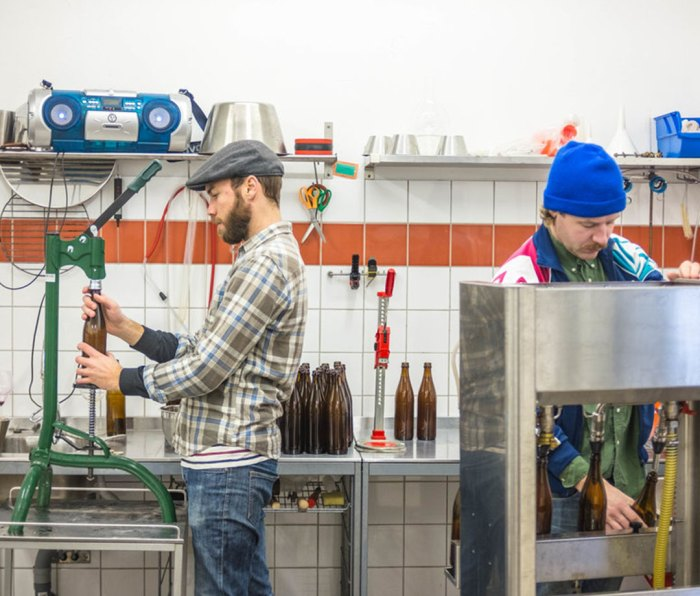 The men behind FRUKTSTEREO craft ciders using 100 percent fruit, fermented with natural yeast without any additive.