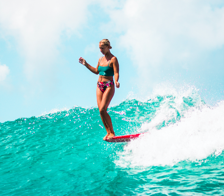 This 15-Year-Old Surfer Is Turning Heads on the WSL Longboard Tour