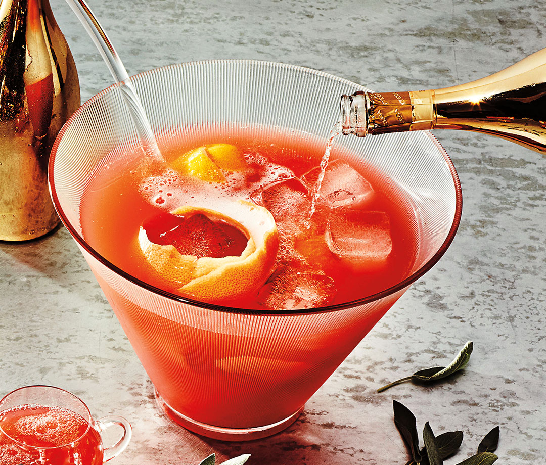 Home.fit cocktails-3 The Best Champagne Cocktails to Make for Holiday Parties
