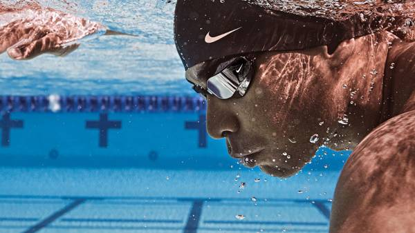 The Vapor performance goggle from Nike