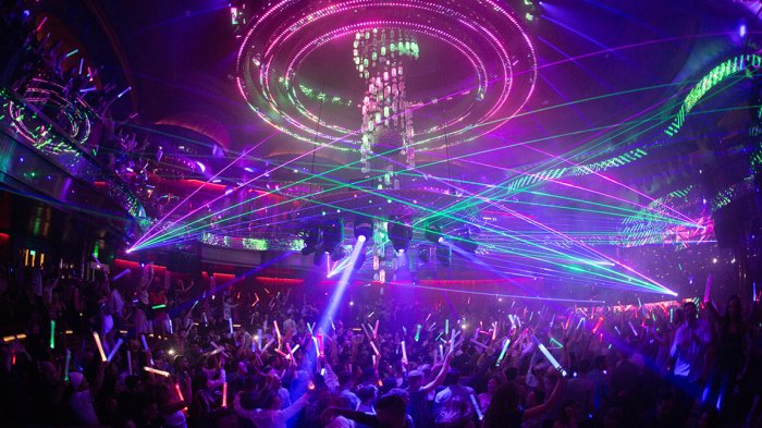OMNIA Nightclub at Caesars Palace Lasers and Chandelier_ Photo Credit Wolf Productions
