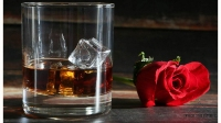 Whiskey glasses valentine