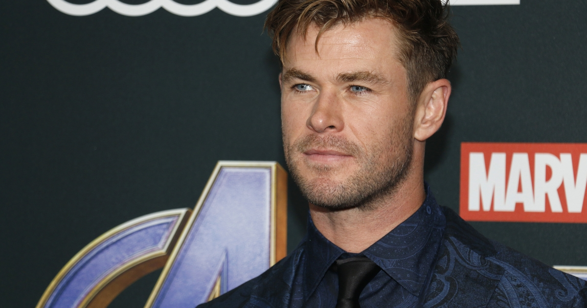 Chris Hemsworth Offers Free 6-Week Trial of Centr Fitness Program