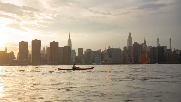 kayaking manhattan NYC paddling