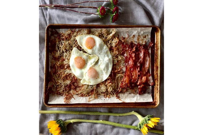 Home.fit AFG_Sheet-Pan-Breakfast-for-Dinner Best Sheet Pan Dinners to Make Right Now