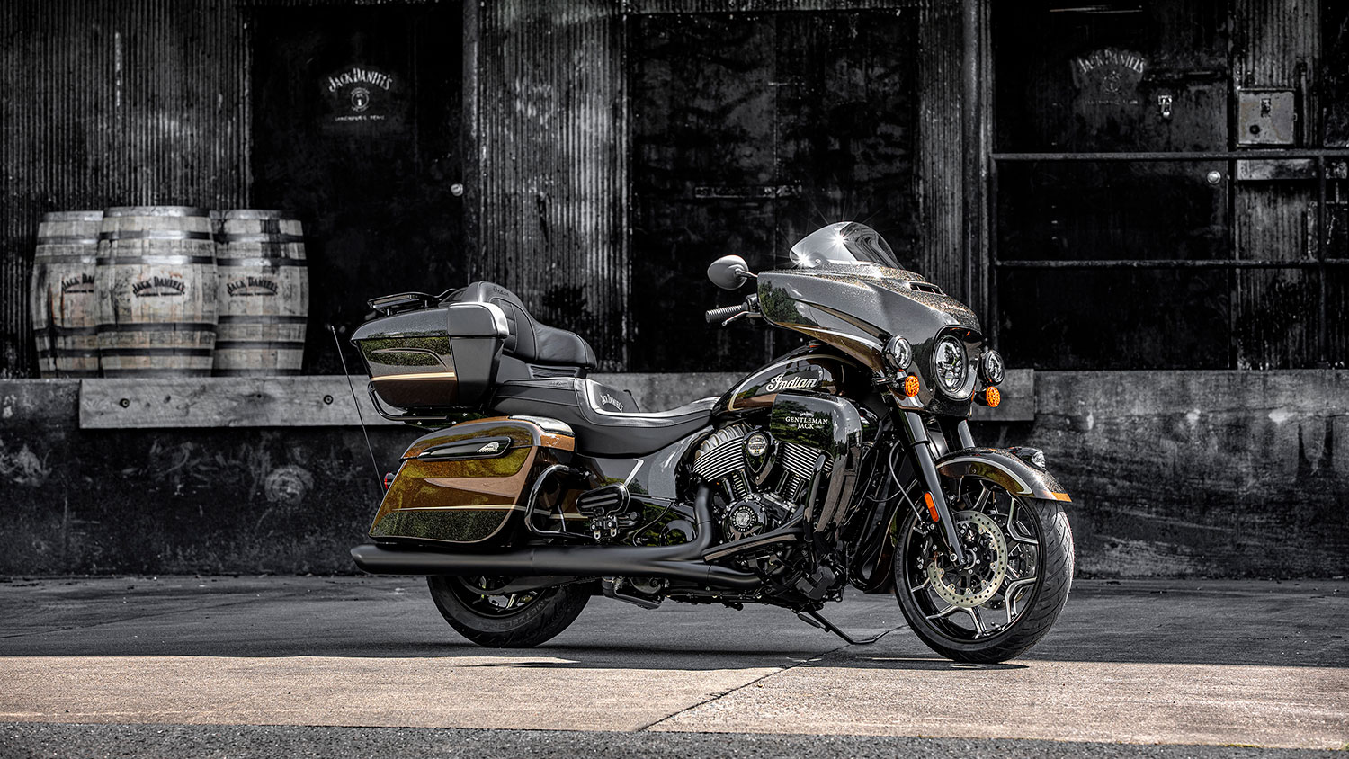 Indian Motorcycle S Custom Roadmaster Collab With Jack Daniel S