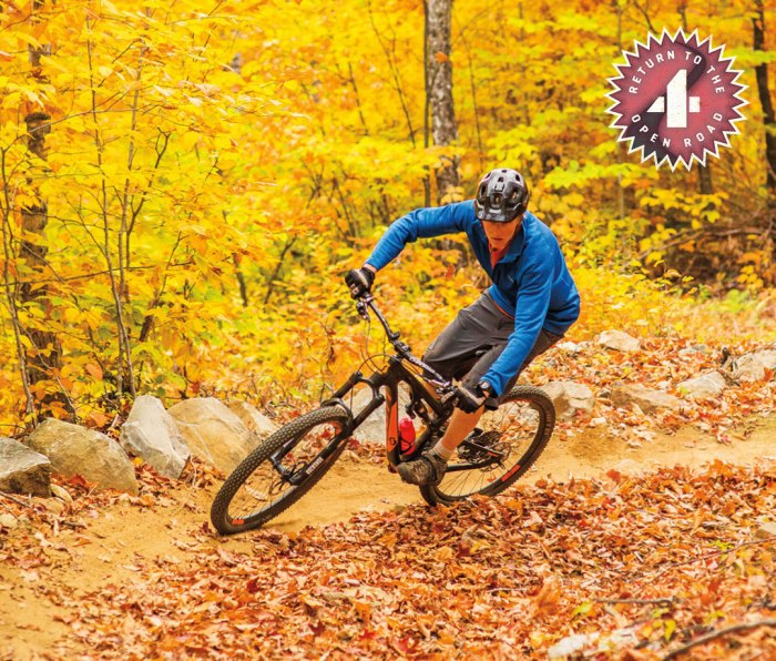 Matt Rolfson leaning into a Carrabassett Valley turn on the Real Deal trail