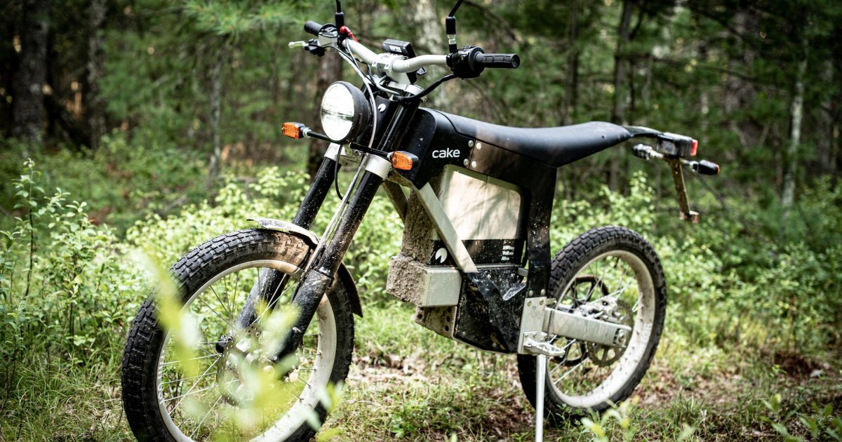 Photo of The New Cake Kalk INK SL Electric Motorcycle Reviewed | Men's Journal