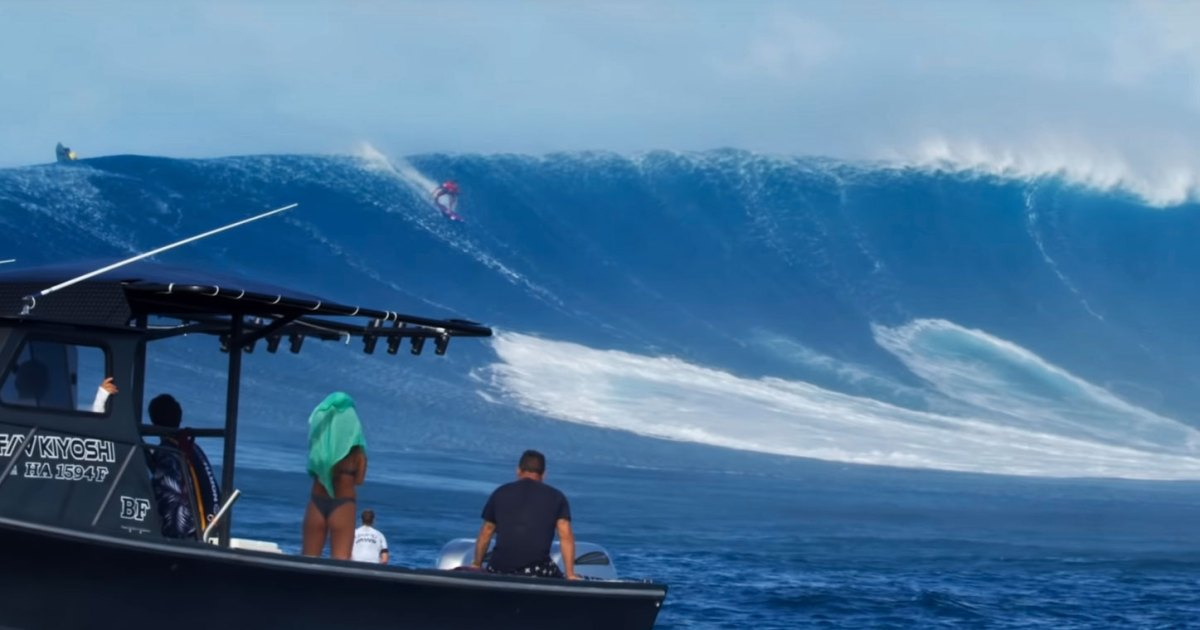 Photo of This Is What It's Like Prepping for a Big-Wave Surfing Event at Jaws