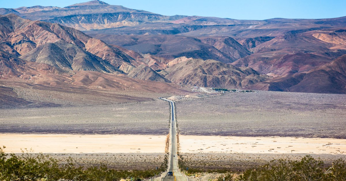 Photo of Death Valley Just Recorded the Hottest Temperature on Earth in Over 100 years