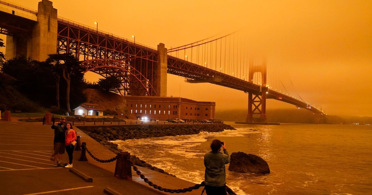 Photos: San Francisco Sky Turns Orange as Wildfires Ravage California