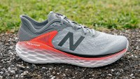 Wide Feet Athletic Shoes
