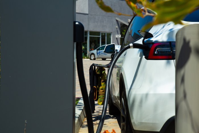 Testing the Tesla Model Y on an all-electric California surf trip charging