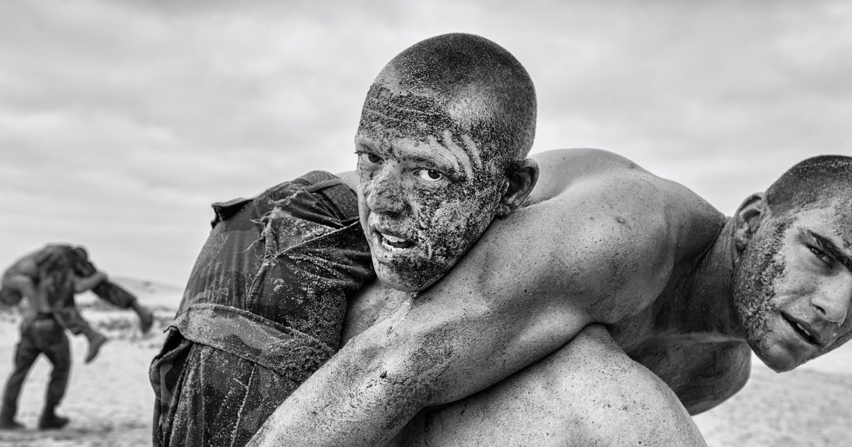 What Every Man Can Learn From the Navy SEALS About Grit