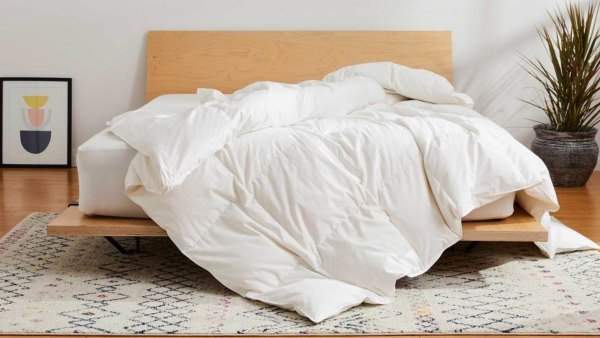 Brooklinen All-Season Down Alternative Comforter