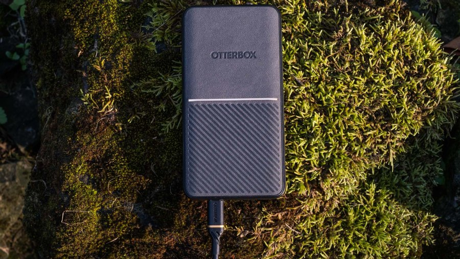 OtterBox Fast Charge power bank