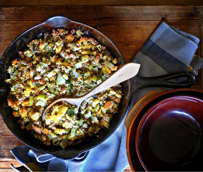 Cornbread-Apple Stuffing