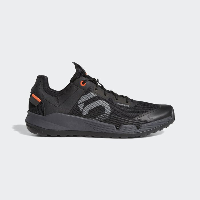 5.10 shoe for cycling and riding and mob